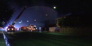 Las Vegas firefighters battle 2-alarm construction fire in northwest