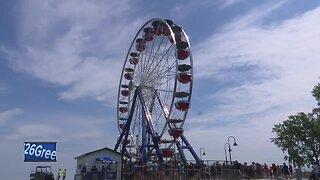 New Ferris wheel open in Green Bay