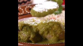 Chicken in Green Sauce with Epazote