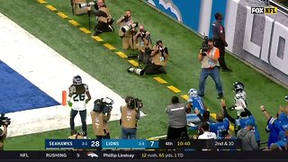 Russell Wilson, Chris Carson lift Seahawks over Lions
