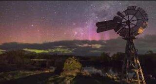 Fantastisk Aurora Australis i timelapse