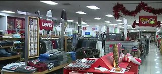 Stores preparing for last-minute shoppers
