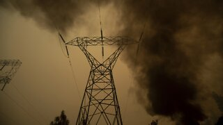 California Heat Causes Power Outages, Heightens Fire Fears