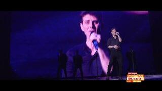 Debbie Gibson & Joey McIntyre Live From Las Vegas