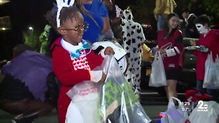 Cool Kids celebrate Halloween early with a Trunk or Treat event
