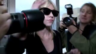 How to Survive Paparazzi