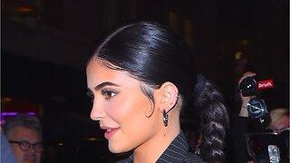 Kylie Jenner Seen Applying Drugstore Sunscreen