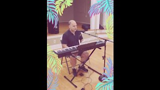"""""""City of New Orleans"""" Willie Nelson Folk Music Keyboard And Vocals"""