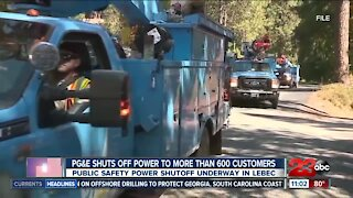 PG&E shuts off power to more than 600 customers