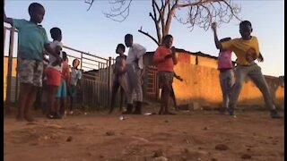 SOUTH AFRICA - Johannesburg - Africa Day (Video) (xJx)