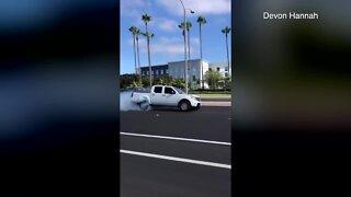 Truck flees scene of San Diego crash