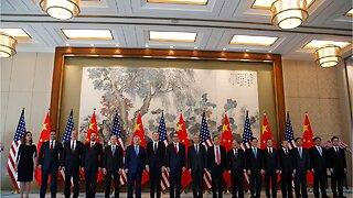 Wall Street Falls After Trump's China Tariff Threat