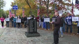 Community honors police officers with wreath ceremony