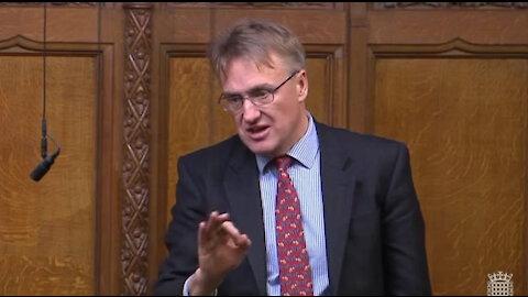 """La gente """"necesita el CONTACTO HUMANO"""": Funcionario le dice la VERDAD al gobierno británico"""