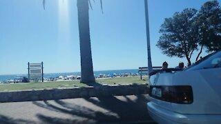 SOUTH AFRICA - Cape Town - Beach Life (Video) (M4R)