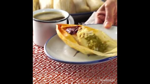 Chicken Tamales with two sauces