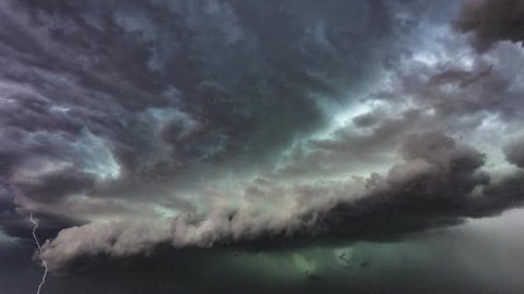 Freak summer storm hammers Melbourne, Australia