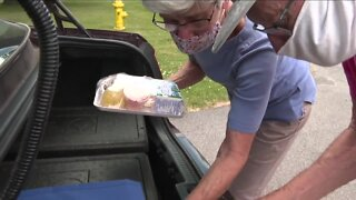 """""""It makes my day"""", WNY woman enters 45th year of volunteering for Feedmore WNY"""