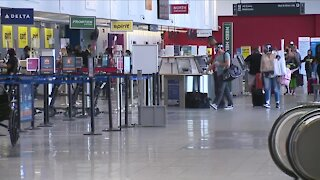 Airline workers rally Tuesday to save jobs