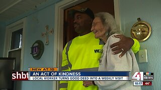 Waste Management worker's act of kindness caught on camera