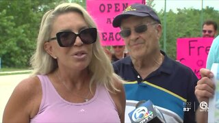 Protesters gather on Singer Island as beach remains closed