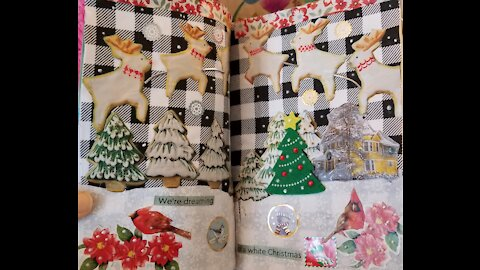 Junk Journal on a budget: Christmas spread