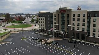 Newport hotel offers free rooms for first responders