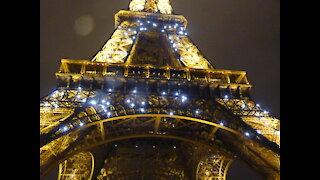 Eiffel Tower Lights at Nighttime