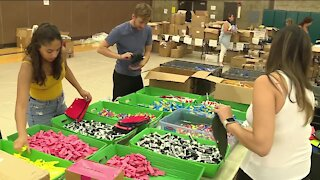 Green Bay non-profit donates thousands of back-to-school supplies to local kids