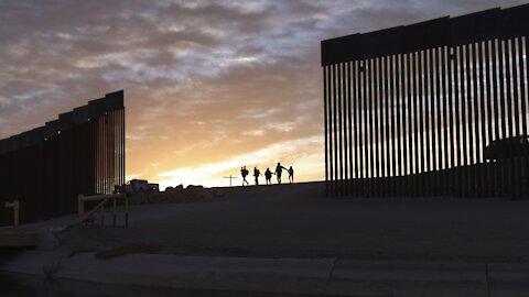 Judge Strikes Down COVID-Related Expulsions At U.S-Mexico Border