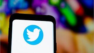 Twitter Encouraging Voter Registration