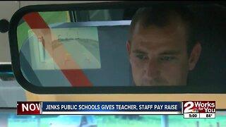 Jenks Public Schools gives teacher, staff pay raise