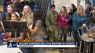 Wauwatosa soldier surprises brother for Christmas [VIDEO]