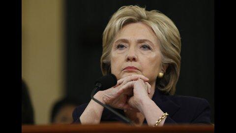 """¿Por qué Hillary Clinton sugirió que vivimos bajo un """"techo de cristal""""?"""