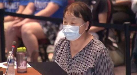 Mujer que HUYÓ del régimen chino ADVIRTIÓ a la junta escolar sobre la Teoría Crítica de la Raza