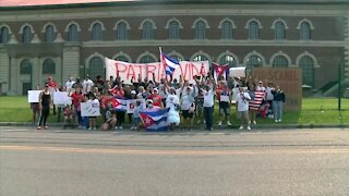 Buffalo Residents Protest in Solidarity with Cubans