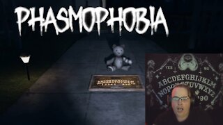 Ghost Hunting on Phasmophobia (2)