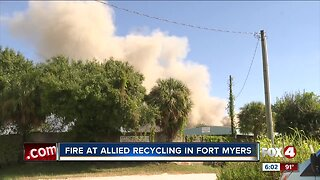 Fire at recycling center sends plume of smoke across Fort Myers roads