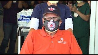 Paramedic survives COVID-19, leaves Las Vegas hospital