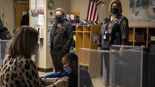 Chicago Schools Delay In-Person Classes Again