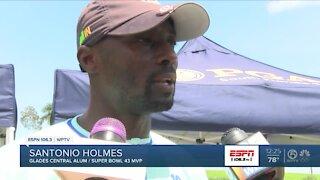 Santonio Holmes blends golf with STEAM program