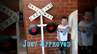 Cool Railway Crossing Sign that you can make yourself!