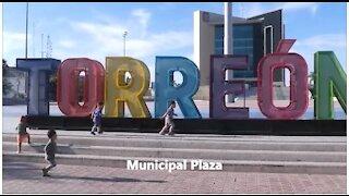 A Walk Around Municipal Plaza, Torreon, Coahuila, Mexico - LIVE MUSIC!