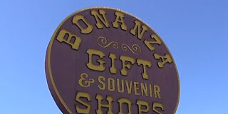 Bonanza Gift Shop on Vegas Strip makes comeback amid pandemic