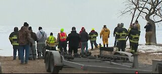 60 ice fisherman in Wisconsin rescued before storm