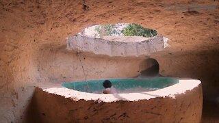 Build The Most Secret Hidden Underground Tunnel To Hidden Enemy