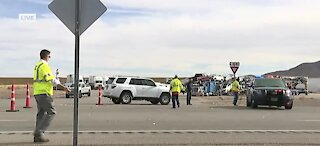 BREAKING: Deadly crash involving box truck, multiple bicycles closes U.S. 95 near Boulder City