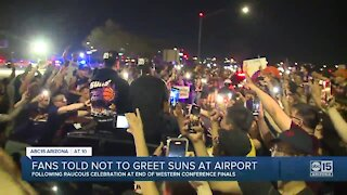 Fans no longer allowed to greet Suns players at Sky Harbor after road games