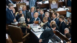 Texas House Approves Arrest Warrants for Absent Democrats