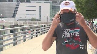 Tri-State crowds split on mask wearing despite new CDC guidance